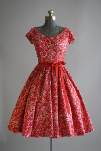 rochiile anilor 50-3
