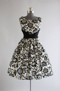 rochiile anilor 50-7