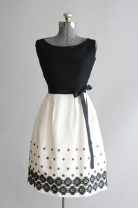 rochiile anilor 50-8